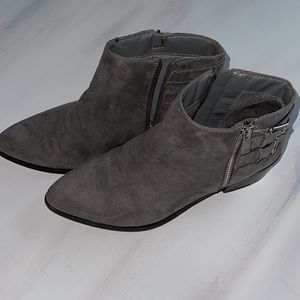 APRI ankle boots by italian shoemakers lariat GRAY